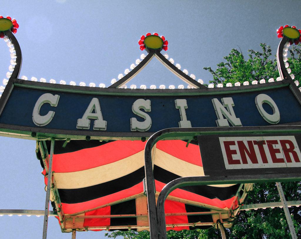 County Fair Ride the Casino Picture