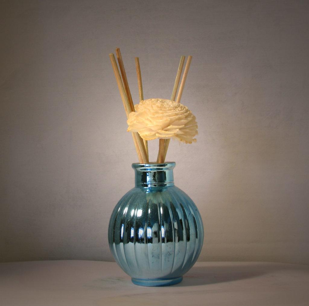 paper fragrance flower in vase