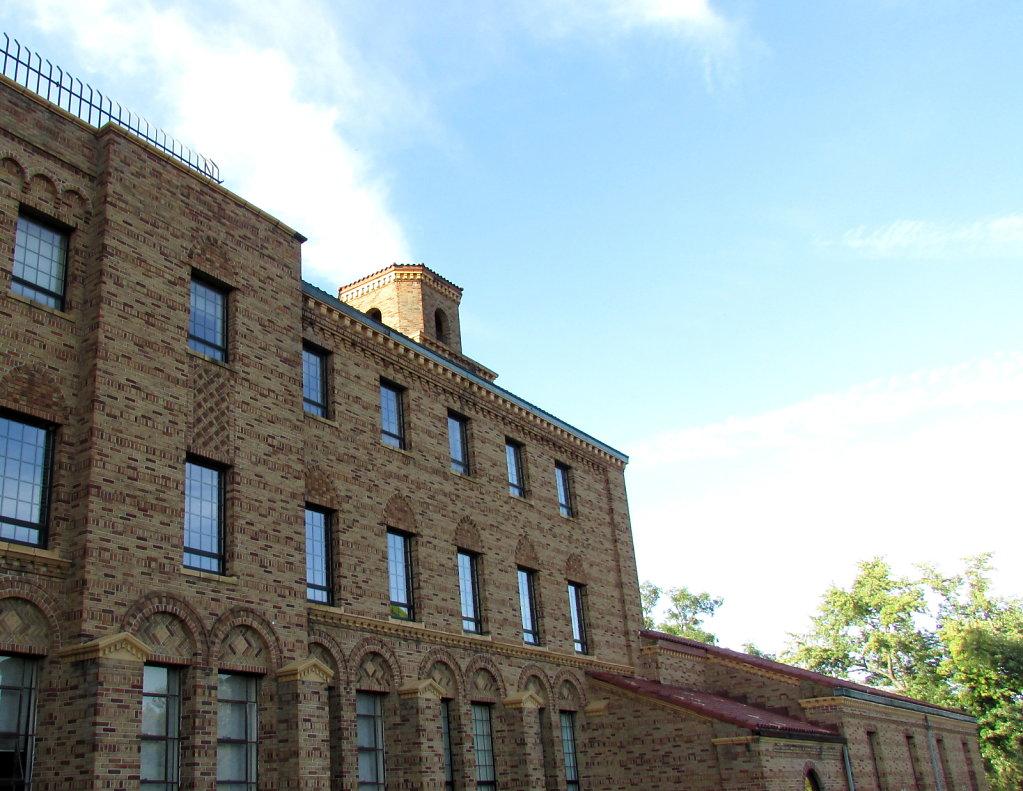 hi resolution image of an old brick building